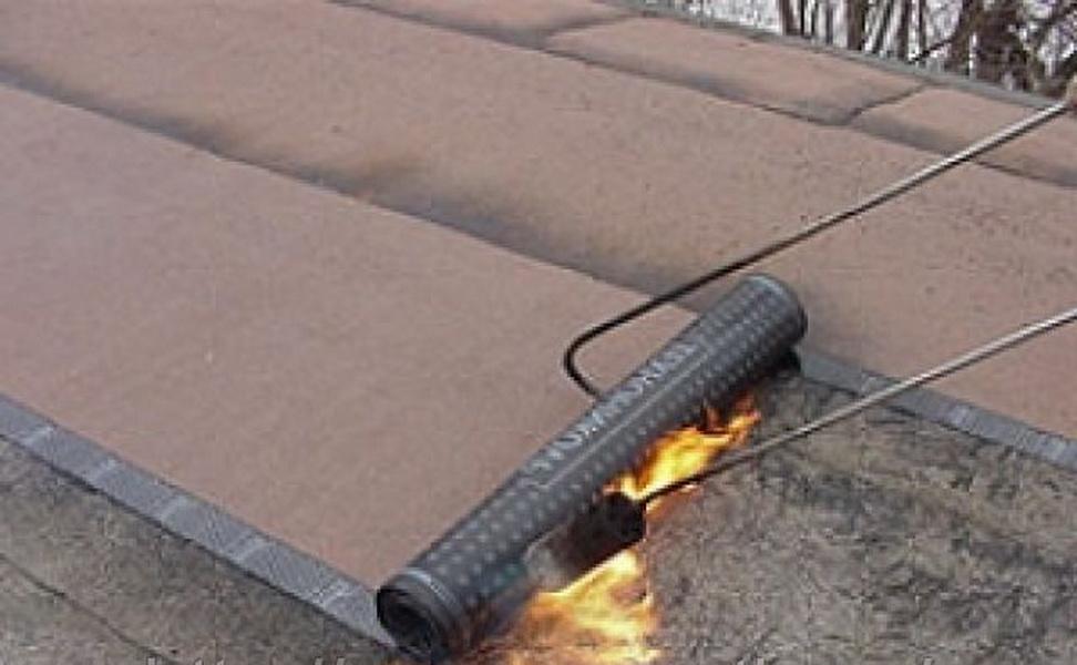 Способы ремонта мягкой кровли крыши